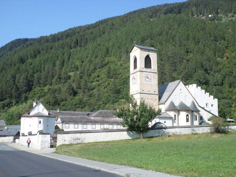 chiesa del monastero benedettino di San Giovanni a Mustair