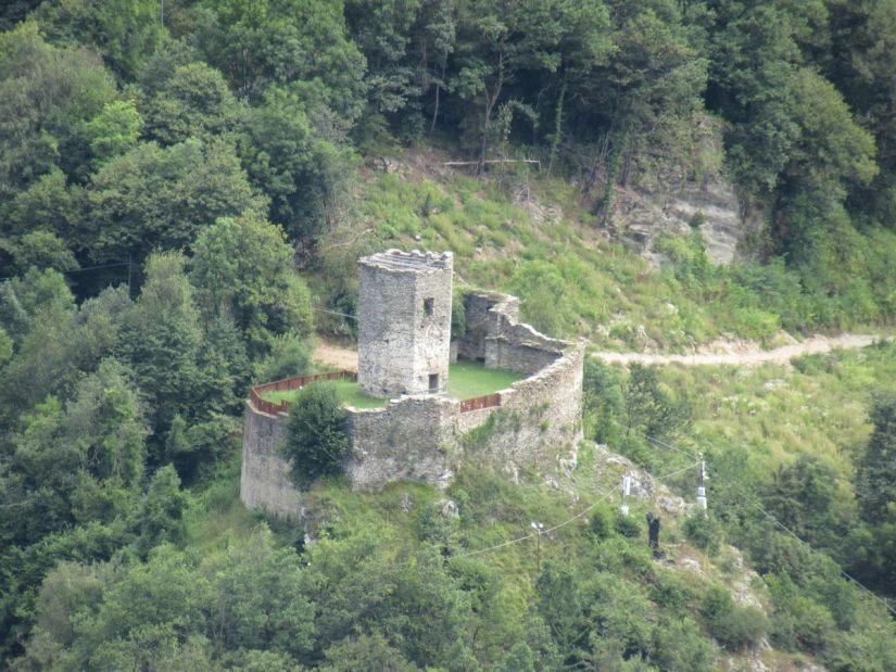 la Tourusela vista dal punto panoramico sul lato opposto