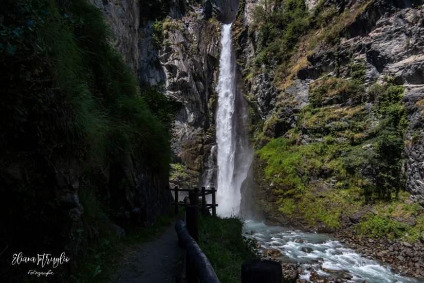 escursioni in Valle d'Aosta: la cascata di Isollaz