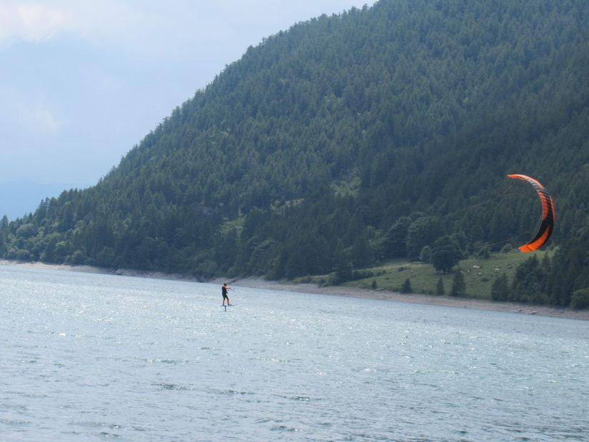 kitesurf sul lago di Pontechianale