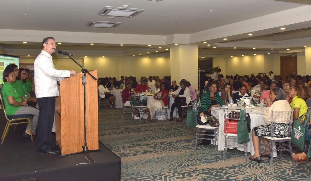 Minerd realiza congreso para socializar con los docentes – DiarioDigitalRD