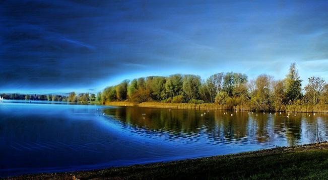 lake-66492_1280_651x358