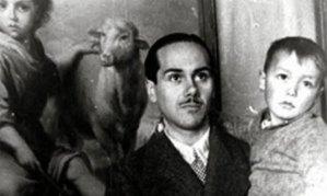Luis Cernuda en las Misiones pedagógicas en Cuellar, Segovia, 1932
