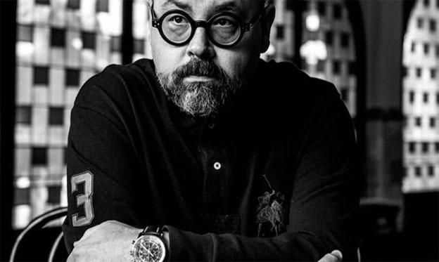 Retrato de Carlos Ruiz Zafón. / www.carlosruizzafon.com