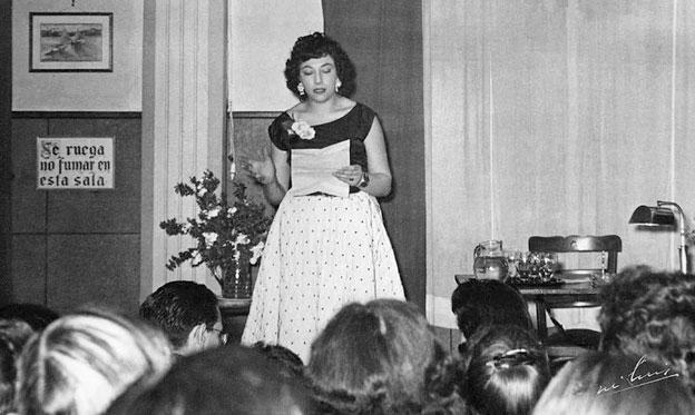 Conversando con Acacia Domínguez Uceta Hija de la Extraordinaria Escritora Acacia Uceta Malo