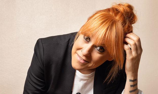 La cantautora SÉS celebra en Madrid y Barcelona el estreno de sus nuevas canciones en catalán y gallego