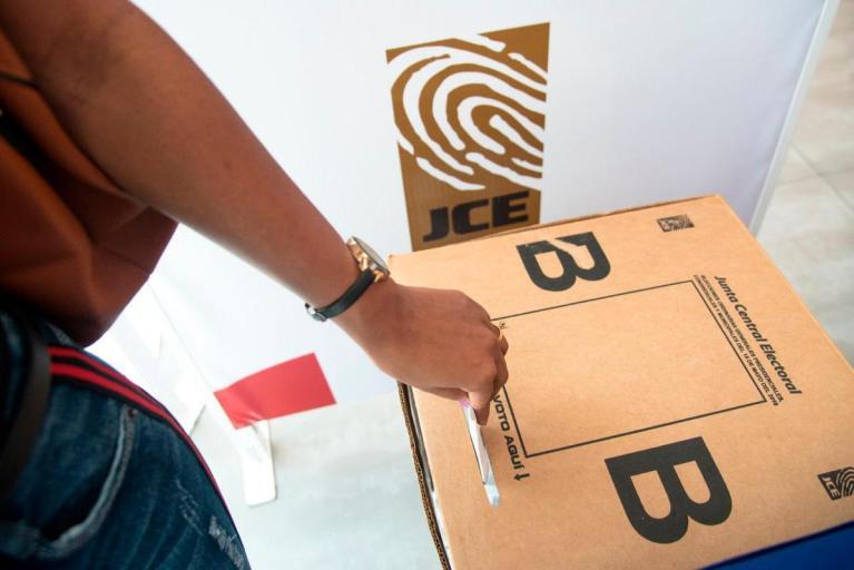 Suspenden elecciones en 35 países y 14 estados de USA ¿Habrá elecciones en RD?