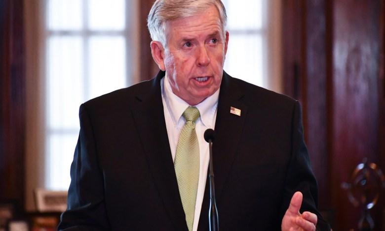 Gobernador de Missouri Michael Parson en Rueda de Prensa el 6 de Mayo, 2020