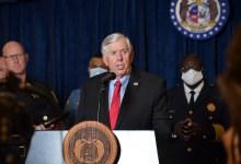 Photo of Gobernador Parson pide sesión especial para abordar el tema de la violencia en Missouri