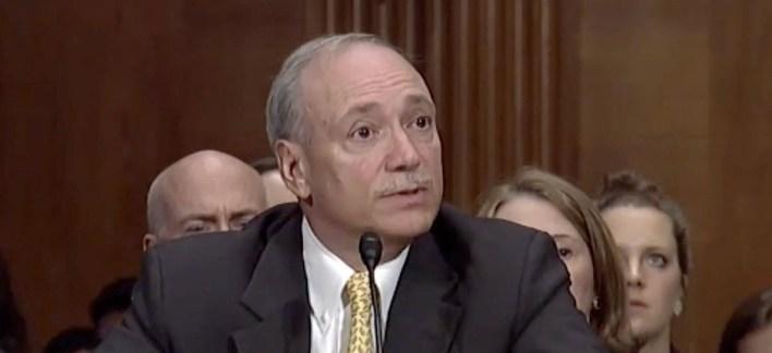 Subsecretario de Labor de los Estados Unidos, Patrick Pizzella - USCIS anunció la limitación de Visados H1-B para trabajadores especializados.