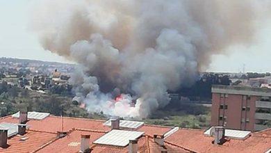 Photo of Incêndio em Almada interrompe circulação dos comboios da Fertagus