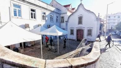 Photo of Câmara instalou estruturas de abrigo junto ao Centro de Saúde de Sesimbra