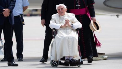 """Photo of Bento XVI com saúde """"extremamente frágil"""""""
