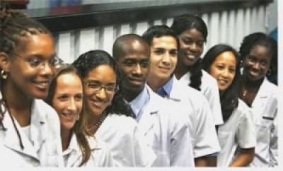 Médicos cubanos: tradição de excelência
