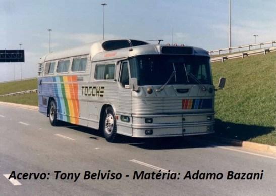 Ônibus foi comprado da Breda por colecionador em homenagem ao pai