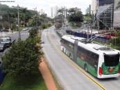 Trólebus Troley trolleybus Diànchē トロリーバス Tororībasuトロリーバス Obus Trolleybus троллейбус filobus الترولي أوتبيس كهربائي
