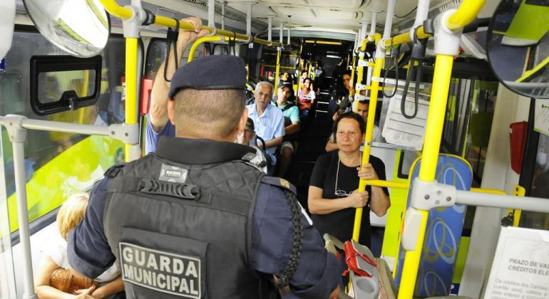 Viagem Segura  comemora dois anos de operação nos ônibus de Belo Horizonte f61fbb7fc7