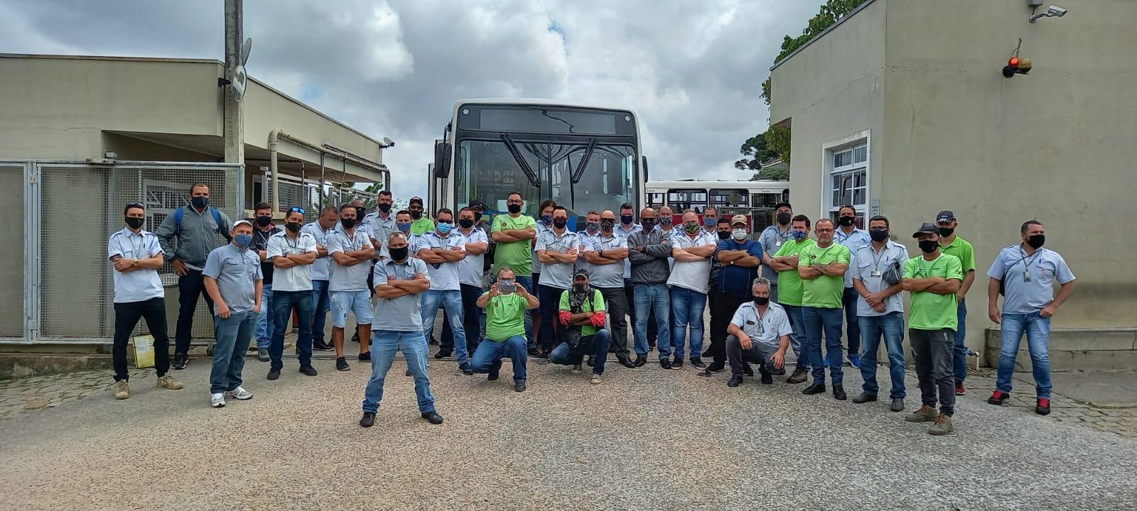 Em quarto dia de greve de ônibus, São José dos Pinhais tem 50% da frota operando, diz sindicato