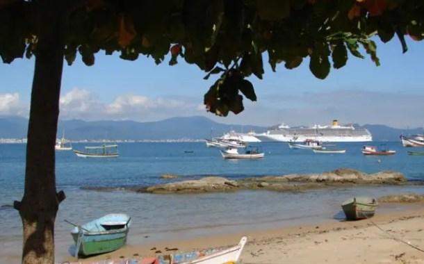 Turismo no verão deve movimentar cerca de 5 milhões de pessoas em SC