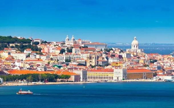 Brasileiros atingem 1,36 milhões de pernoites nos hotéis portugueses em 2014