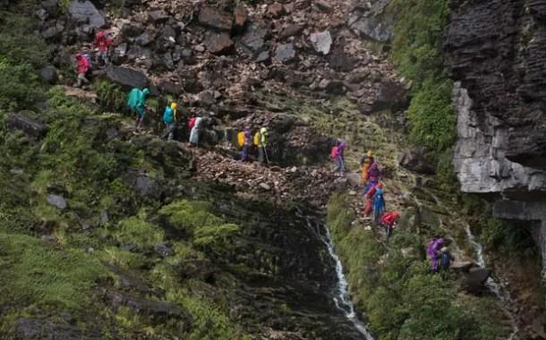 Impacto ambiental devido ao número de turistas no Monte Roraima preocupa
