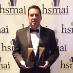 Ricardo Aly recebe prêmio em Nova York pelo Paradise