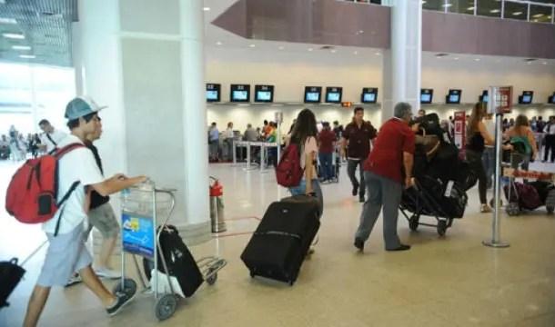 Viajantes tentaram trazer R$ 251 mi em bens ao país sem informar à Receita