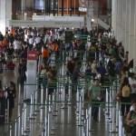 Mesmo até 101% mais caros, cresce procura por voos internacionais