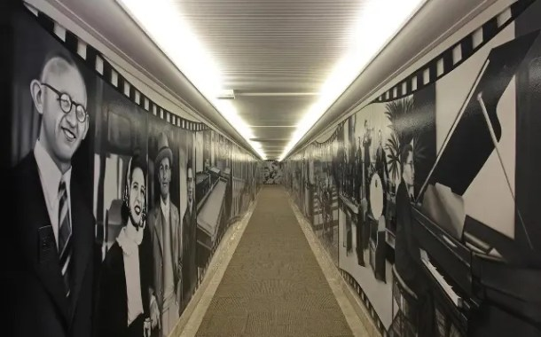 Grande Hotel São Pedro recebe túnel do tempo feito pelo grafiteiro Kobra