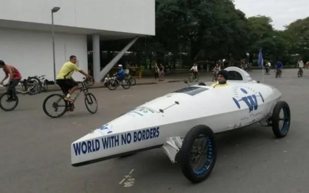 Holandês termina jornada de 8 mil km de barco-bicicleta em São Paulo