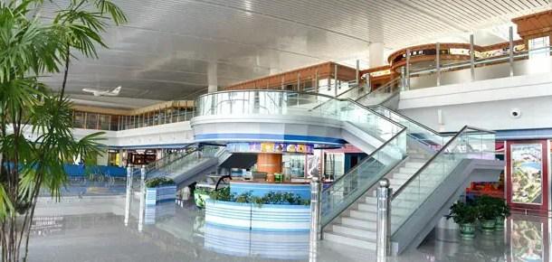 Aeroporto de Pyongyang inaugura terminal internacional