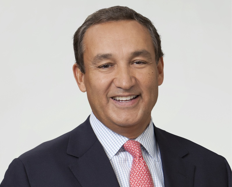 Oscar Munoz é novo CEO da United Airlines