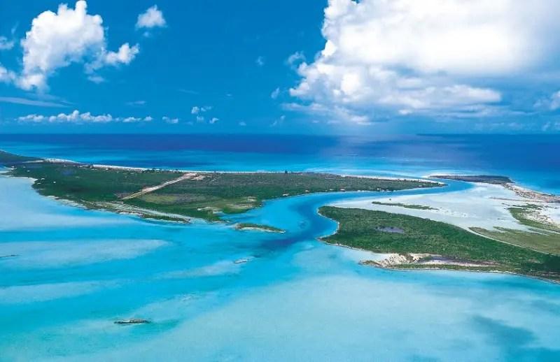 Turks and Caicos é um conjunto de ilhas paradisíacas e fica a 1 mil quilômetros  de Miami (Foto: arquivo DT)
