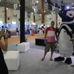 Australis Cruzeiros leva mascote para Hiper Feirão Flytour