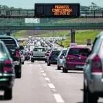 Cerca de 1,6 milhão de carros devem deixar capital paulista no feriado