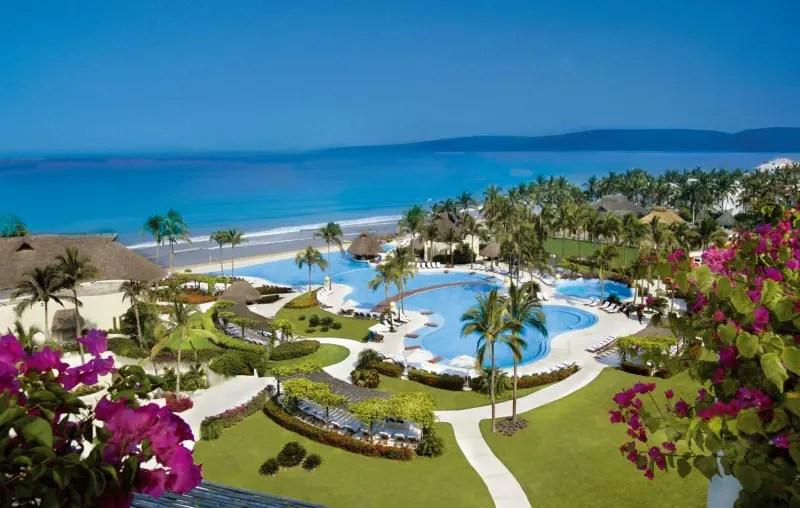 Hotéis de alto padrão enfeitam as praias de Riviera Nayarit (Foto: divulgação)