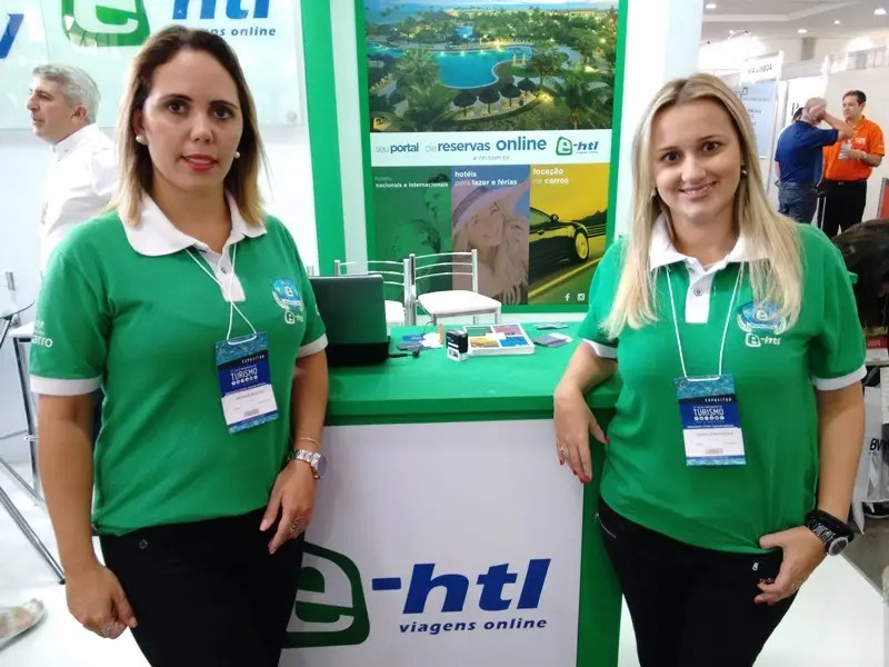 E-HTL estreita relacionamento com agentes no 22º Salão de Turismo do Paraná