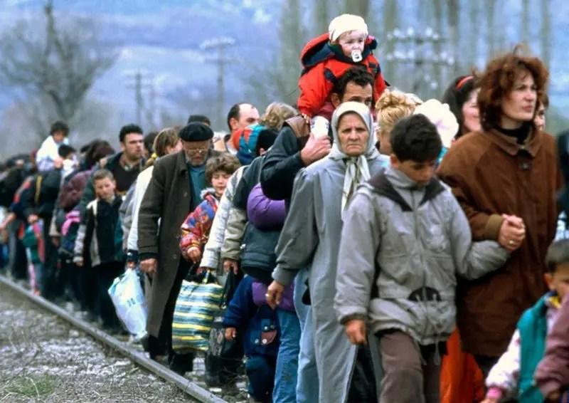 União Europeia estuda cobrar taxa de turistas para enfrentar crise migratória