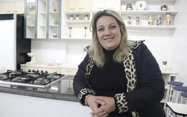 """Beatriz de Carvalho, da Hotec: """"nossos alunos têm bolsa por meritocracia"""""""