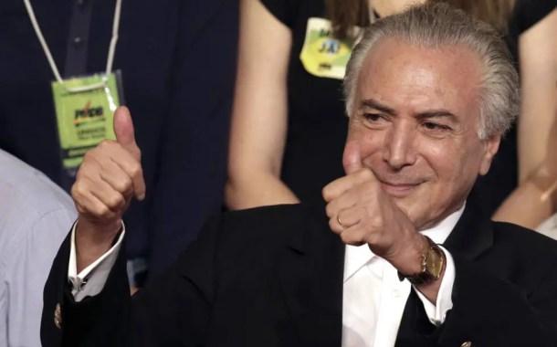 Após denúncia, Temer mantém Alves na pasta do Turismo