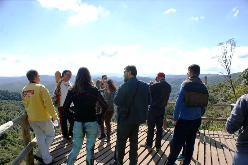 Mirante com vista para Monte Verde na trilha para a Pedra Redonda, com 1647 metros de altitude