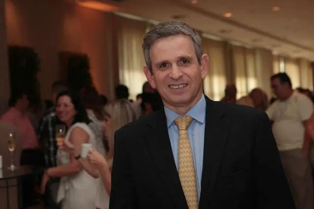 Passagem da Tocha Olímpica tem apoio de associações e empresas no Guarujá