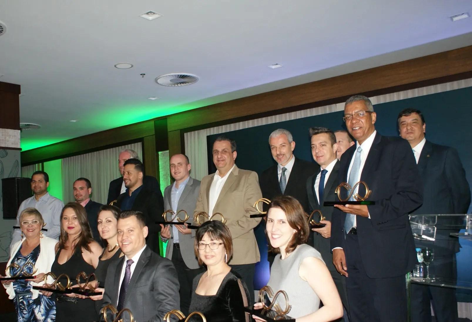 Rede Bourbon premia parceiros por seu volume de vendas