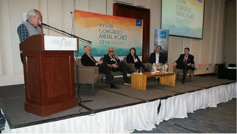 Associação Chilena de Turismo capacita agentes e operadores em Punta Arenas