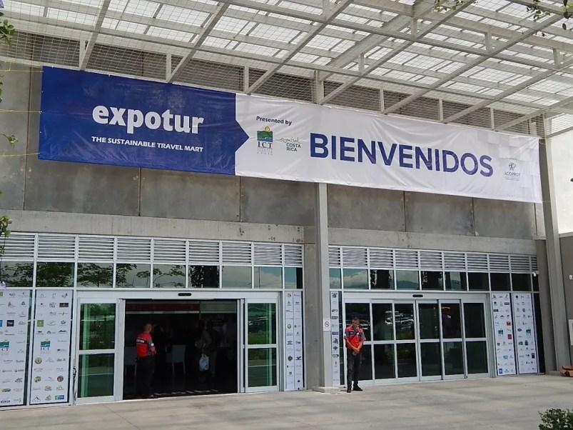 Pavilhão que recebeu a feira Expotur, maior feira de turismo da América Central. (Foto: Marcos J T Oliveira)