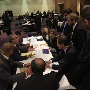 Empresários brasileiros durante reuniões na sede da CPTM na Cidade do México. (Foto: divulgação)