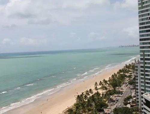 Empresários nordestinos do setor hoteleiro estão otimistas com gastos de turistas no verão