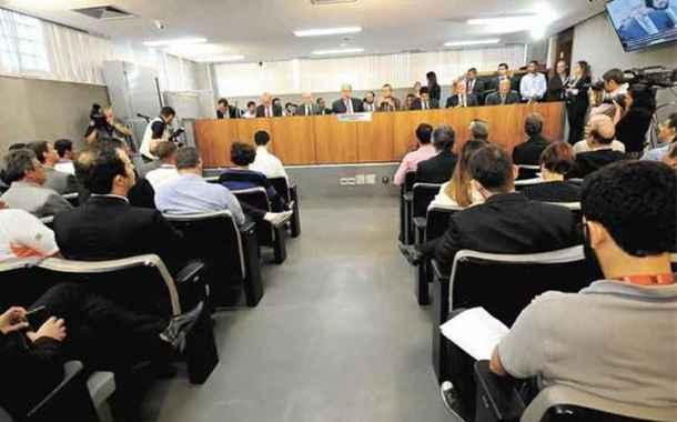 Aeroporto da Pampulha: esquenta a briga entre prefeitura e comunidade