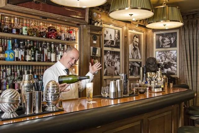 Air France anuncia parceira com bartender Colin Field