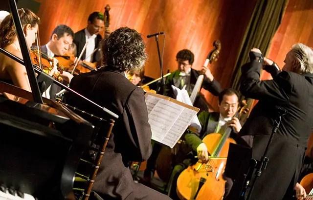 O 11° Festival do Chocolate recebe a orquestra com regência do maestro João Carlos Martins (Foto: divulgação)